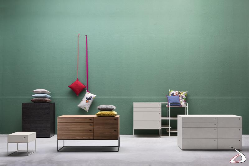 Schubladenschränke für Schlafzimmer, bestehend aus Nachttisch, Kommode und Kommode. Minimalistische Linie, gekennzeichnet durch horizontale Linien.