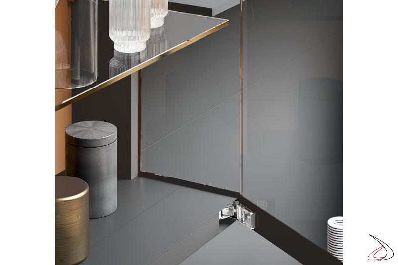Mobile soggiorno di design con vetrinetta con cerniere a scomparsa