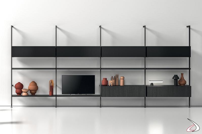 Libreria soggiorno componibile a pali con cassetti, pensili e ripiano porta tv