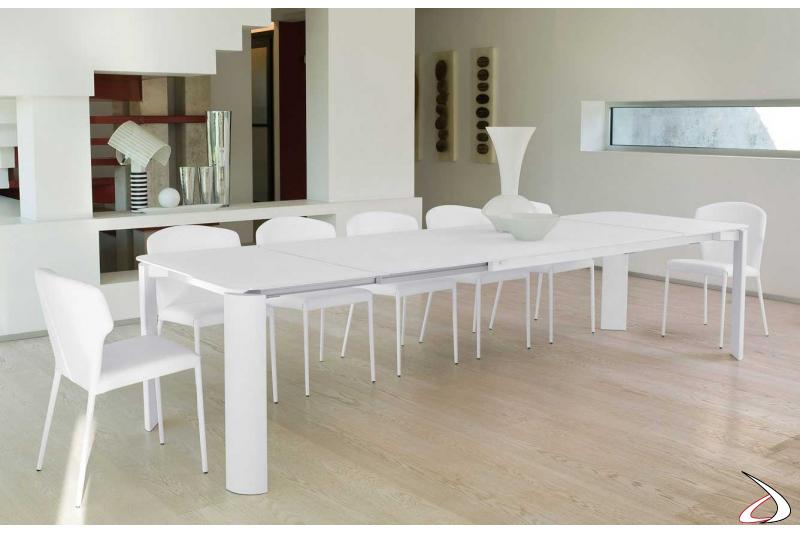 Tavolo allungabile bianco di design in cristallo da soggiorno