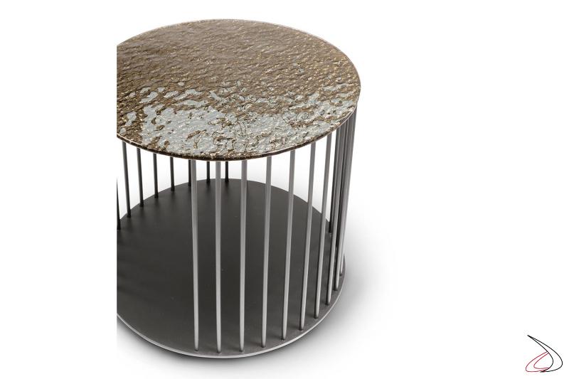 Tavolino moderno rotondo da divano con piano in vetro cotto forgiato e struttura in tondino di metallo