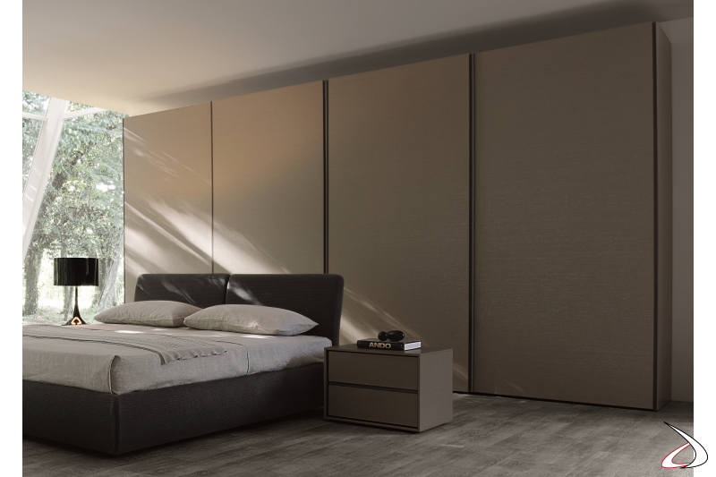 Contemporary wardrobe with 4 sliding doors