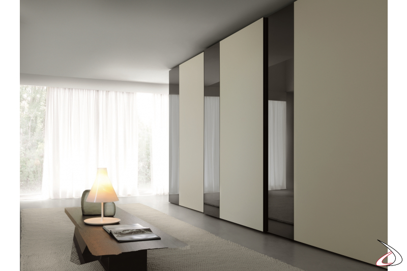 Wardrobe with 3 sliding doors for the bedroom