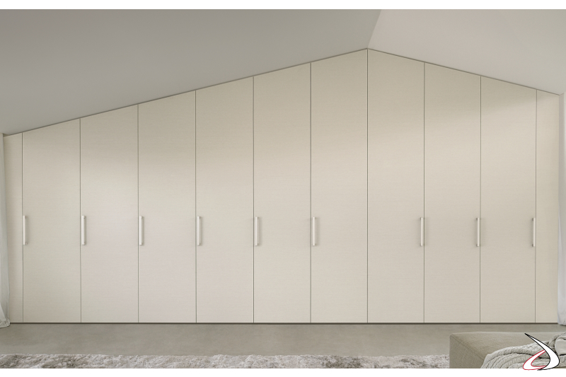 Fitted wardrobe with hinged doors
