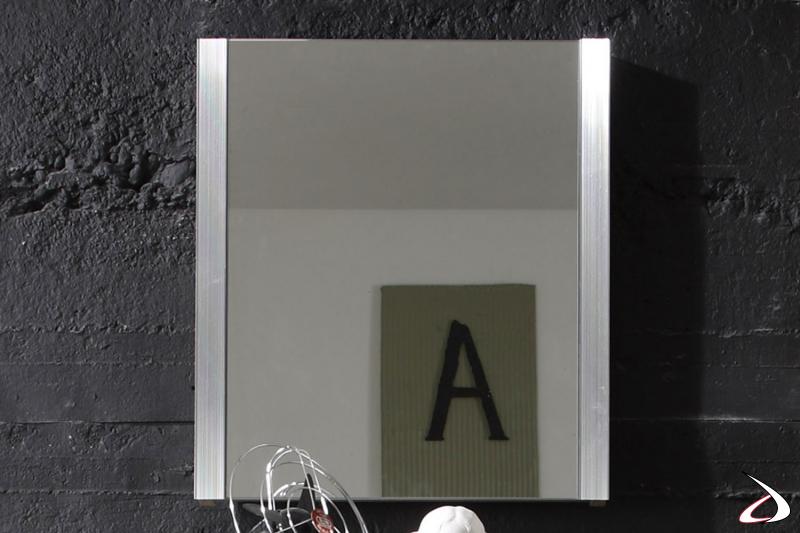 Specchio Bolero 1 dalle dimensioni minimal ma pratico e di buon gusto