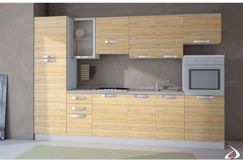 Cucina moderna bloccata in laminato