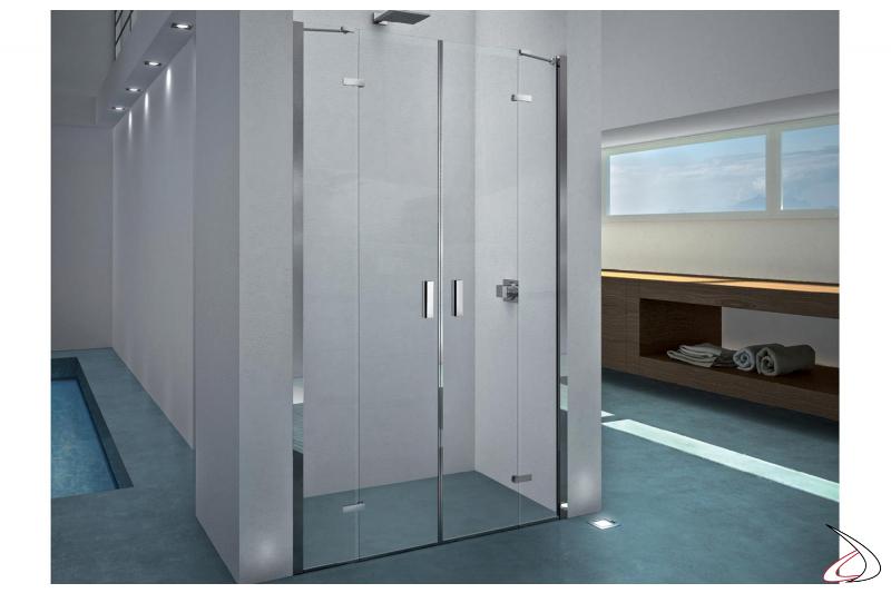 Box doccia in nicchia con porte battenti in cristallo