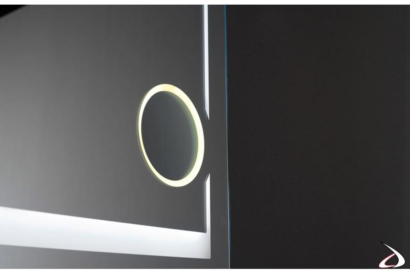 Specchio ingranditore retroilluminato con luce calda 3000K