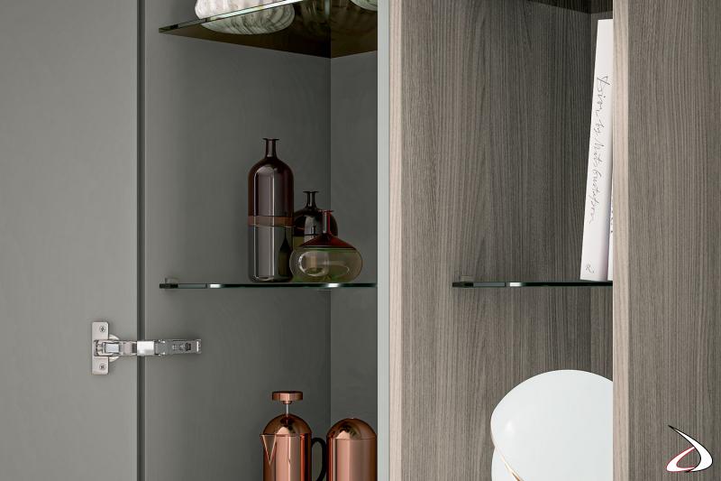 Mobile ingresso di design con armadio con anta a specchio e ripiani interni in vetro