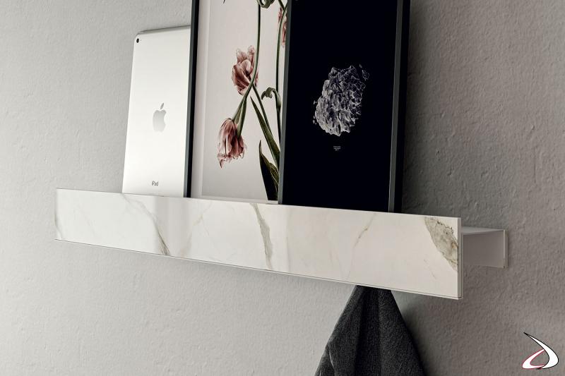 Mensola a muro di design per parete ingresso con appendini