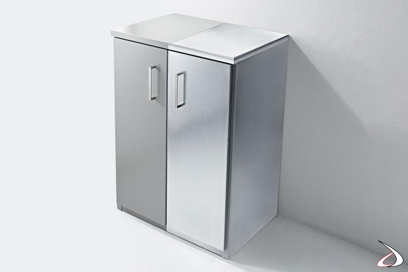 Mobile lavanderia o da esterno a due ante in metallo zincato