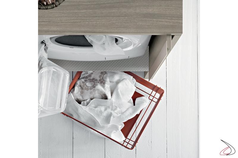 Arredo lavanderia con cesti porta panni e mobile porta lavatrice con ante a scomparsa