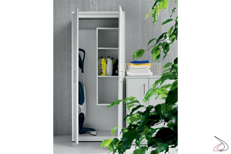 Armadio porta scope da lavanderia o da esterno in metallo zincato