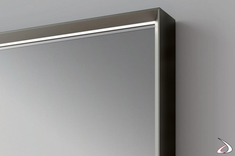 Mobile ingresso moderno con specchio con cornice e illuminazione perimetrale a led