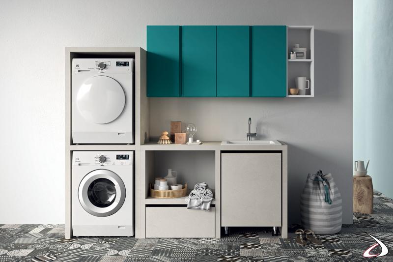 Arredo lavanderia con colonna porta lavatrice e asciugatrice e cesto porta biancheria