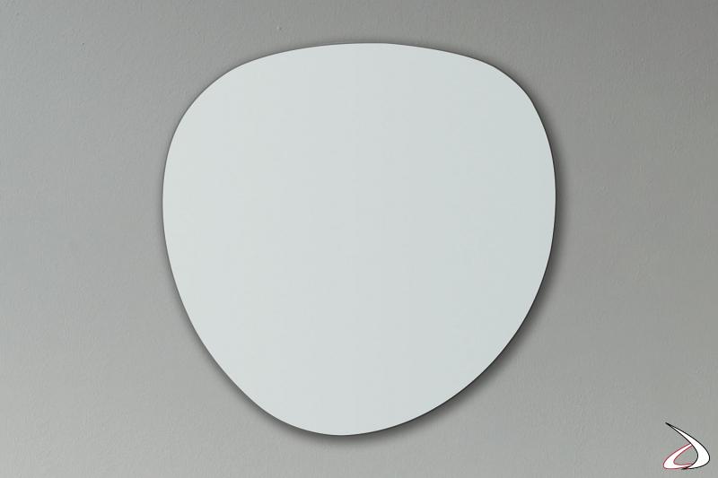 Specchio d'arredo di design sagomato da ingresso