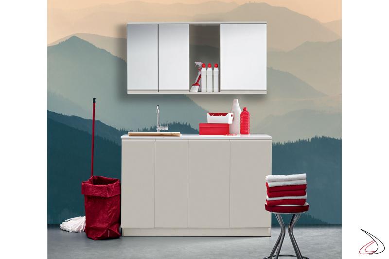 Arredo lavanderia moderno e compatto con ampio lavatoio
