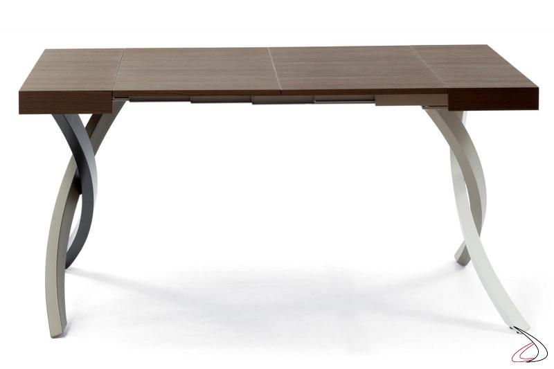 Consolle trasformabile in tavolo da pranzo con piano in legno impiallacciato