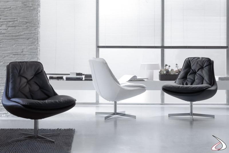 Poltrone di design moderne ed eleganti in ecopelle di vari colori modello Daya