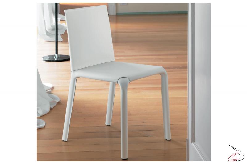 Sedia moderna Alice con schienale basso