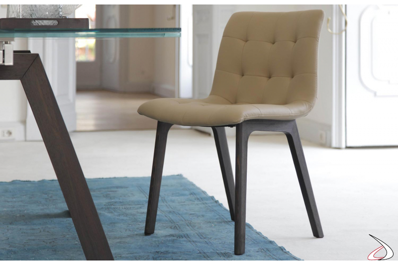 Sedia design in pelle kuga