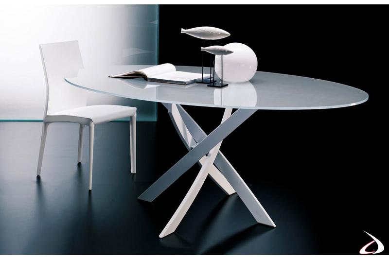 Sedia modello Kefir in finitura cuoio bianco
