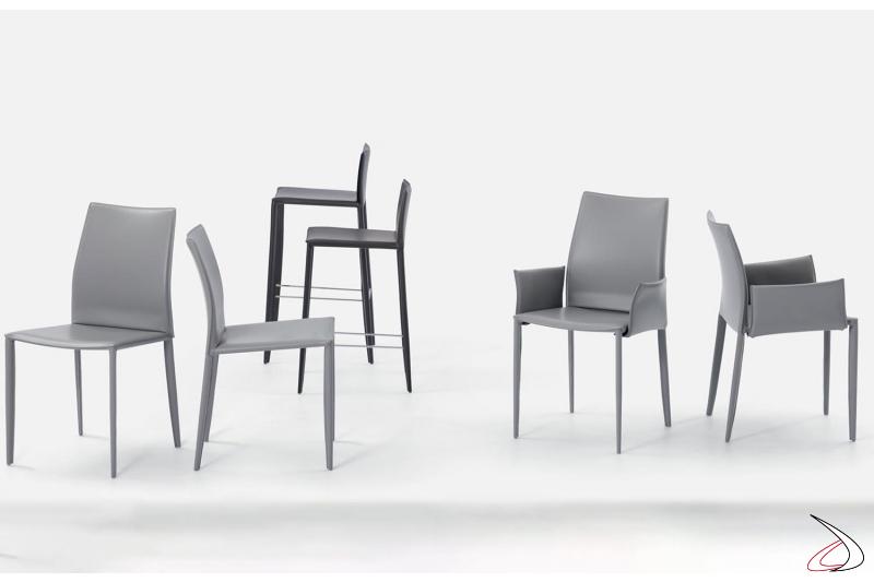 Sedie e sgabelli realizzati con struttura in acciaio rivestita in cuoio o in fibra di cuoio modello Linda