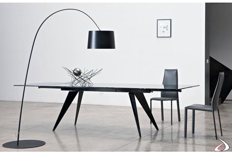 Sedie modello Dalila di Bontempi con tavolo Ramos