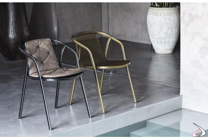 Sedie di design con struttura in acciaio laccato in vari colori modello Ines