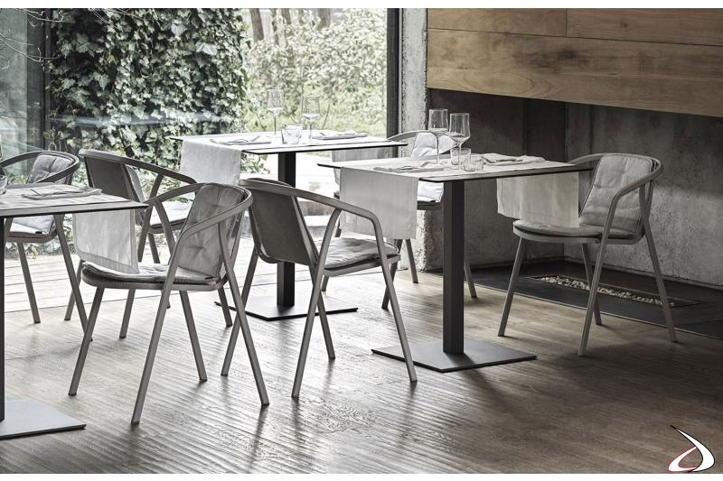 Sedie modello Ines con struttura in acciaio laccato adatte a Bar e Ristoranti