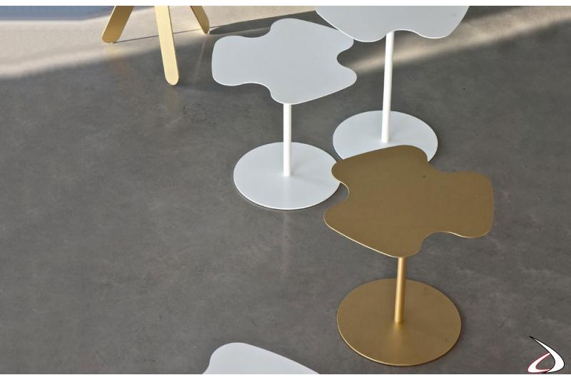 Tavolino alto da soggiorno in metallo
