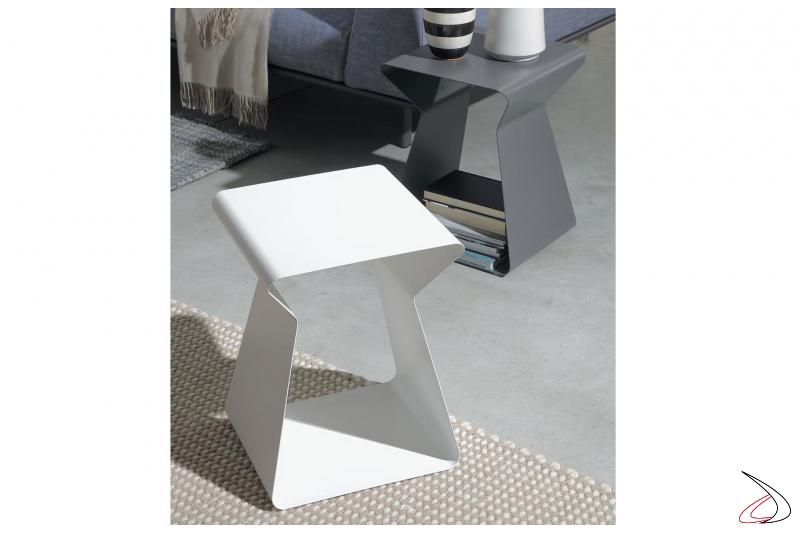 Tavolino in acciaio a forma di clessidra da soggiorno