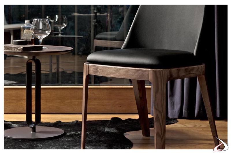 Tavolino moderno rotondo da caffè in metallo