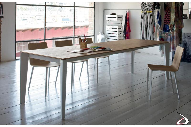 Tavolo allungabile moderno con piano in impiallacciato rovere