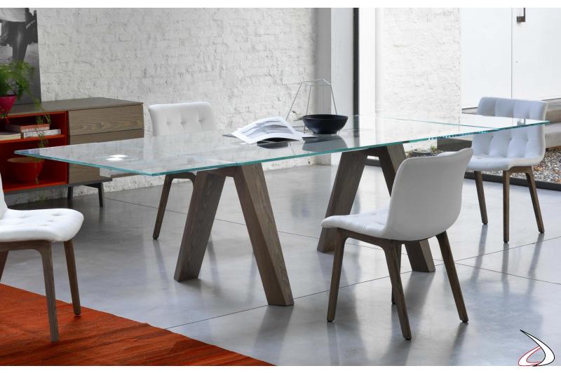 Tavolo moderno allungabile con piano in vetro