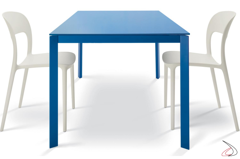 Extendable design  table with blue glass