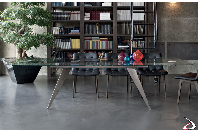 Design extendable table for the living room
