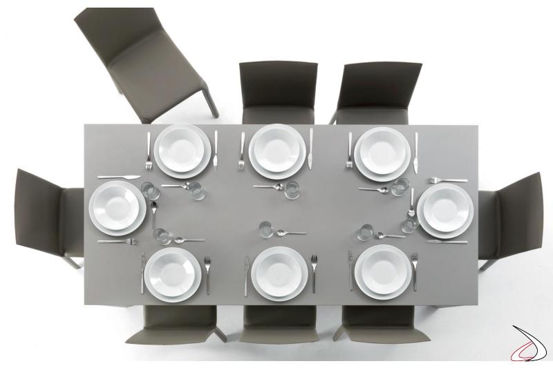 Tavolo moderno di design