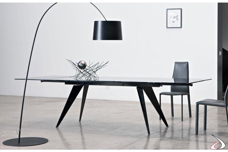 Tavolo di design allungabile in cristallo