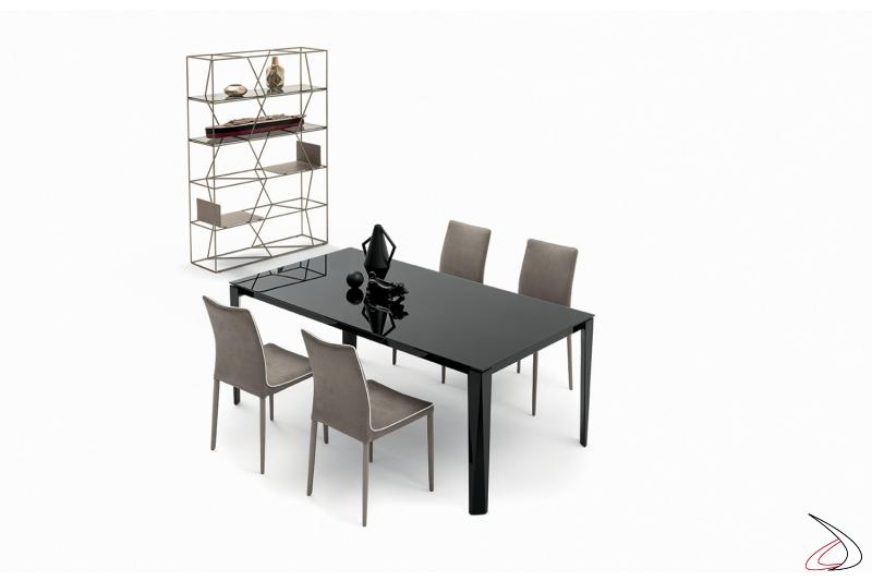 Tavolo allungabile elegante nero in vetro lucido