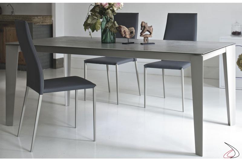 Tavolo di design allungabile da soggiorno con piano in ceramica
