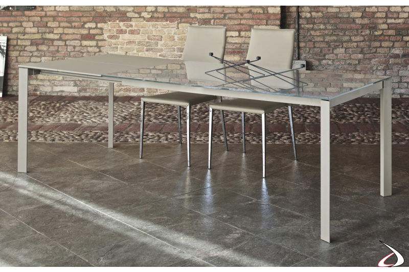 Contemporary extendable glass table