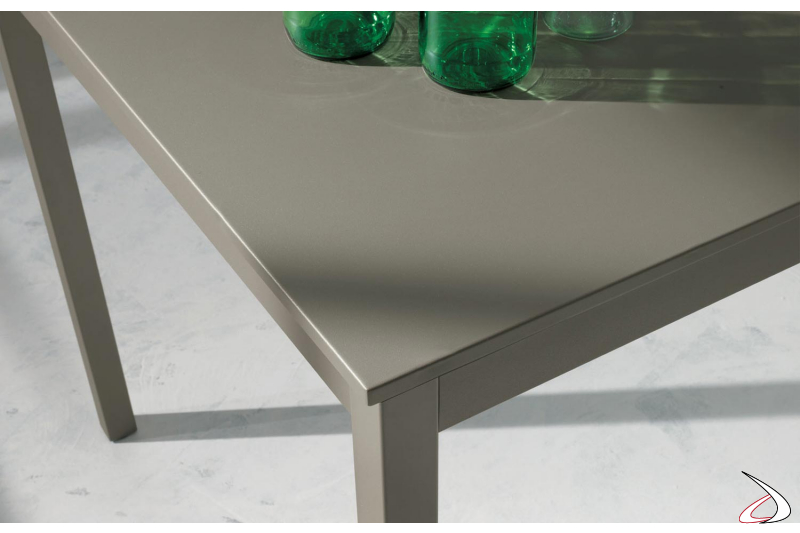 Table with melamine top and metal frame