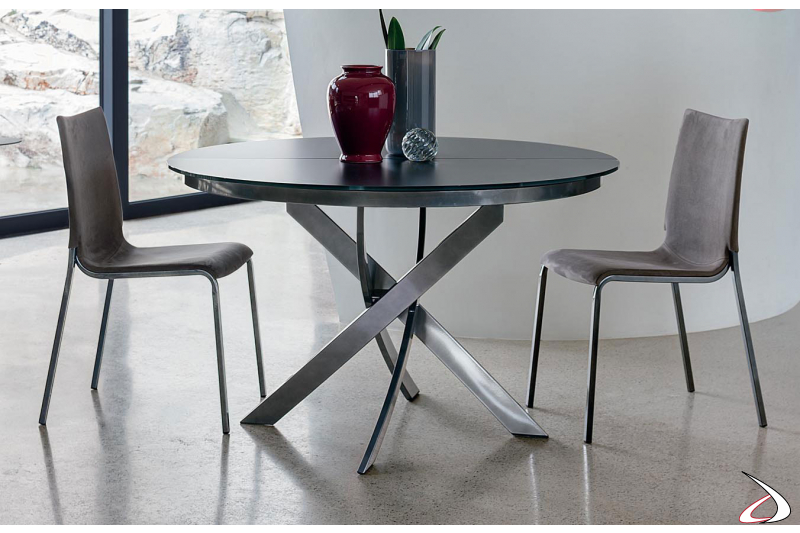 Contemporary round table extending with scratch-resistant crystal top
