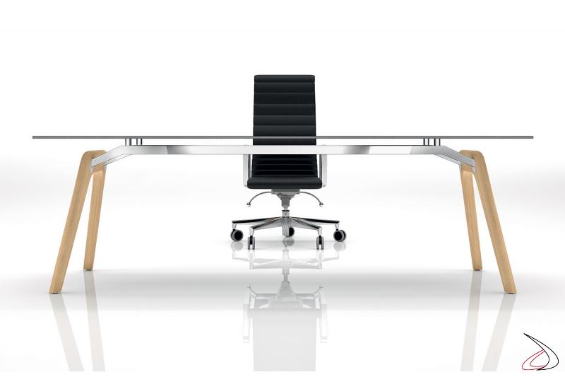 Scrivania moderna in vetro da ufficio con gambe in legno rovere naturale