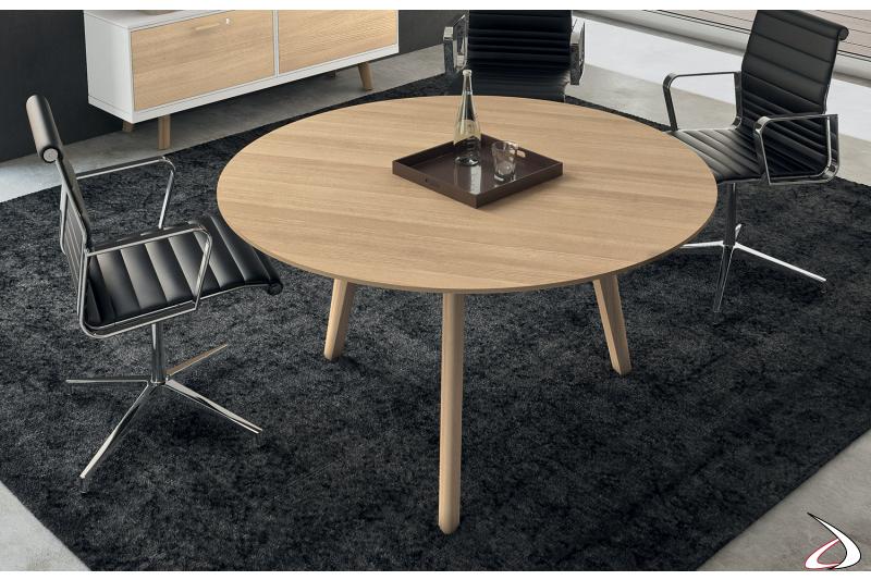 Tavolo rotondo da ufficio in legno rovere naturale per riunioni