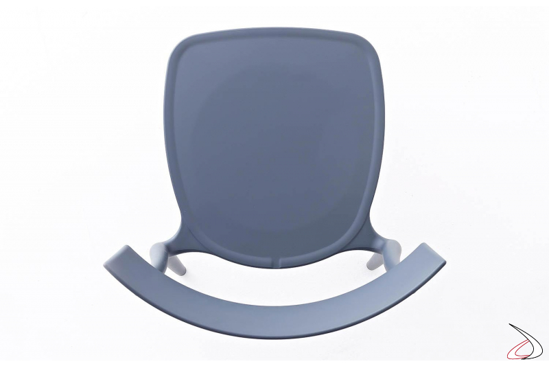 Sedia azzurro avio in polipropilene da cucina o da esterno impilabile
