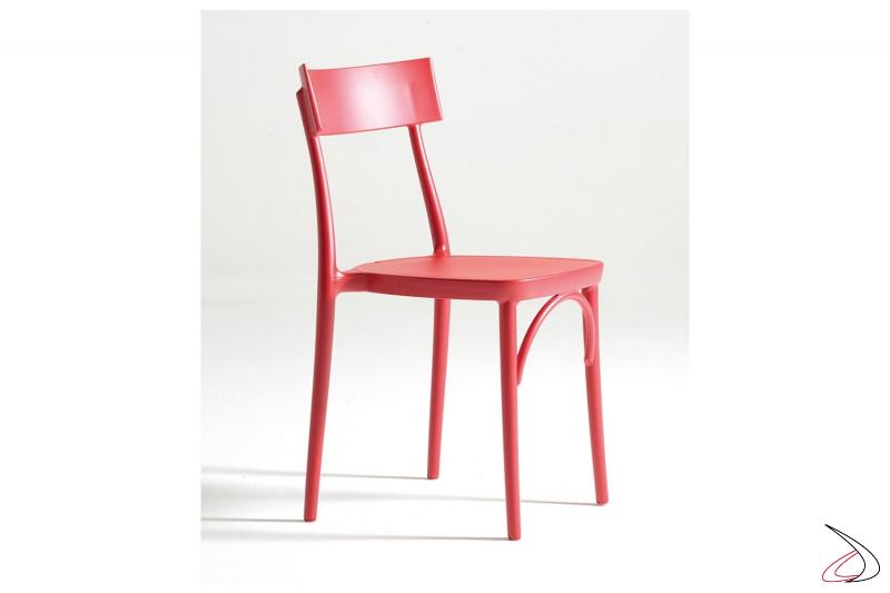 Sedia rossa impilabile in polipropilene moderna da cucina o da giardino