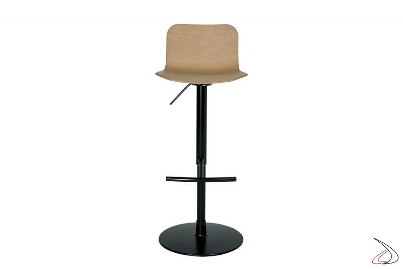 Sgabello moderno regolabile in altezza nero con seduta in legno rovere