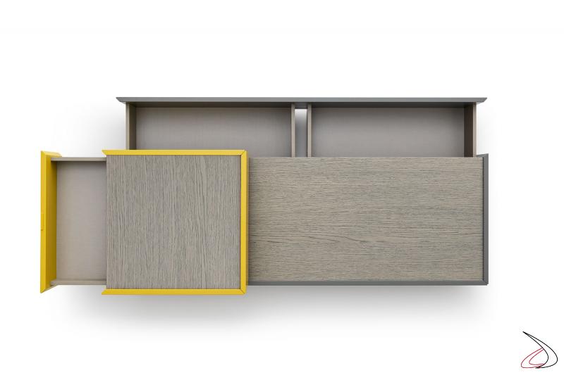 Comodino bifacciale centro stanza con top in legno